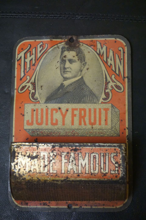Photo of antique Juicy Fruit gum cartridge